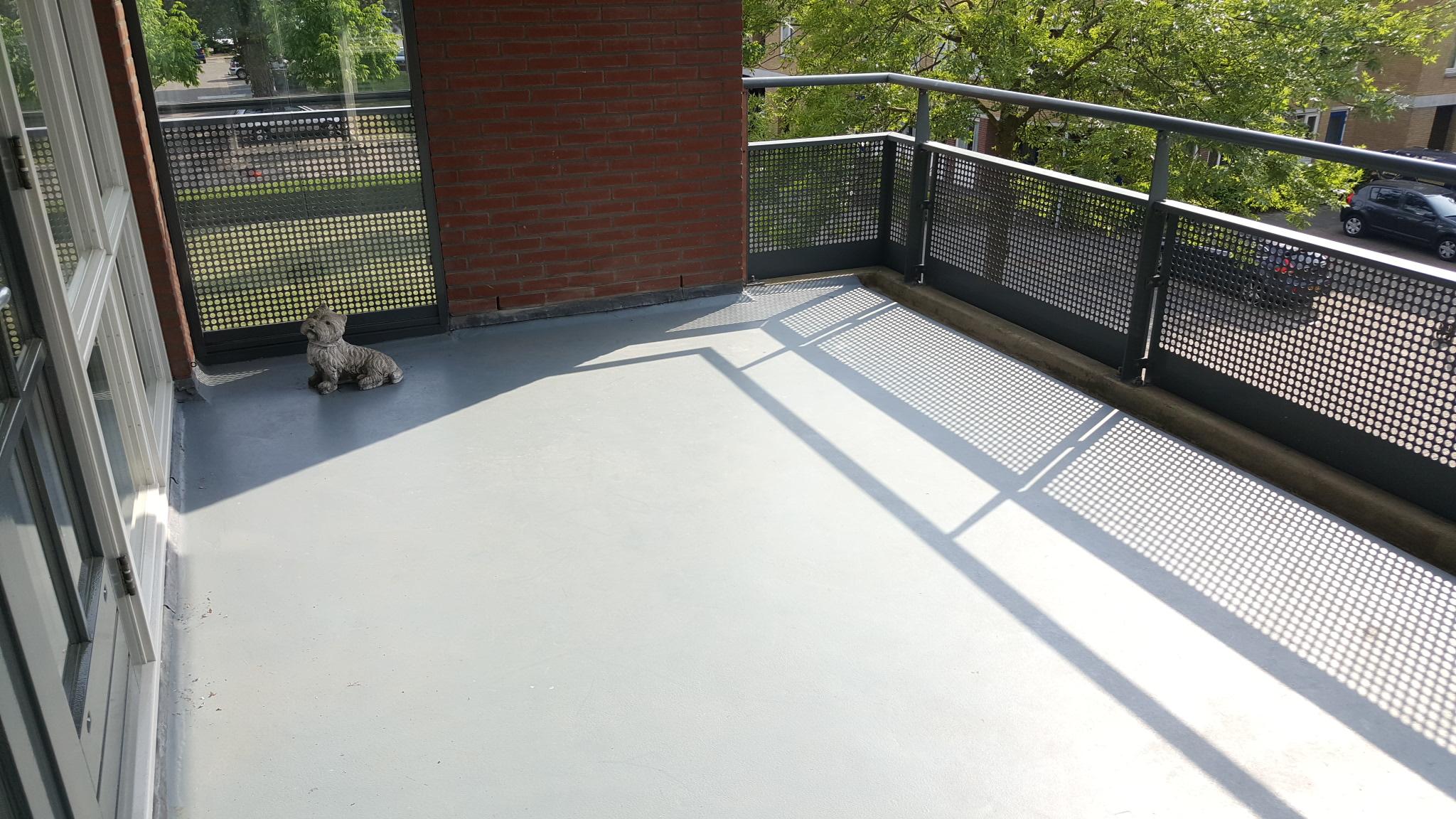 Tegels Voor Balkon : 2 cm tegels technika antracite 60×60 cm balkontegels heemstede